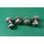 4 battery traymounting bolts + 2 nuts